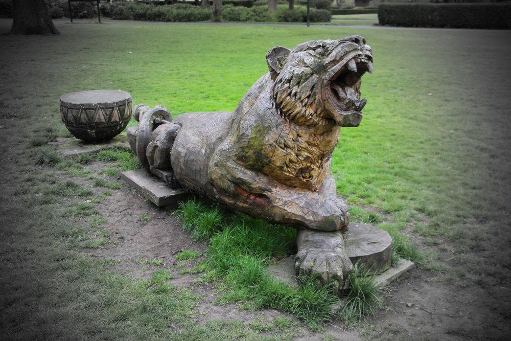 Victoria_Park_Tiger.jpg