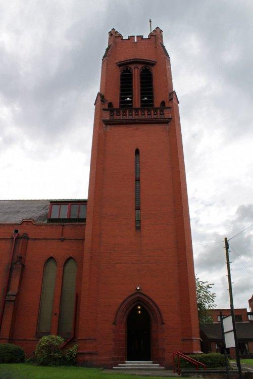 St_Thomas_Church_Tower,_St_Helens.jpg