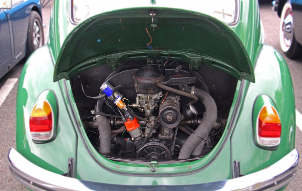 VW_Beetle_Engine.jpg